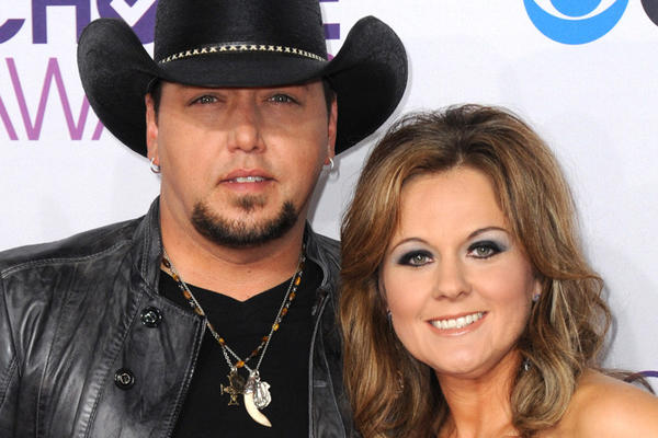 Jason Aldean and his wife, Jessica Ussery, at the People's Choice Awards in Los Angeles in January.