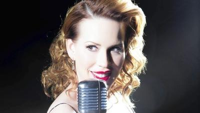 Molly Ringwald, jazz singer