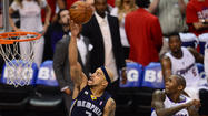 Grizzlies 103, Clippers 93: Zach Randolph had 25 points and 11 rebounds and Marc Gasol added 21 points as visiting Memphis defeated Los Angeles for the third straight game to take a 3-2 lead in the Western Conference best-of-seven series.