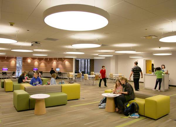 The Arlington Heights Memorial Library opened the doors to its new teen area called the Hub on April 15.