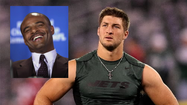 Tim Tebow hasn't convinced Hall of Fame quarterback Warren Moon he can succeed in the Canadian Football League.
