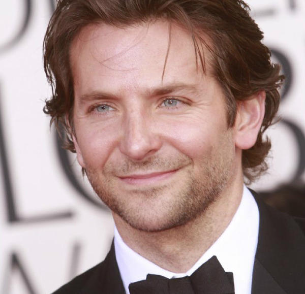 Bradley Cooper will star as U.S. sniper Chris Kyle in Steven Spielberg's coming film.