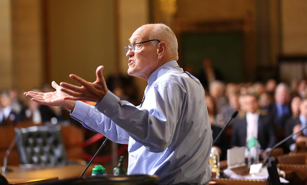 Los Angeles Councilman Bill Rosendahl says his cancer is in remission.