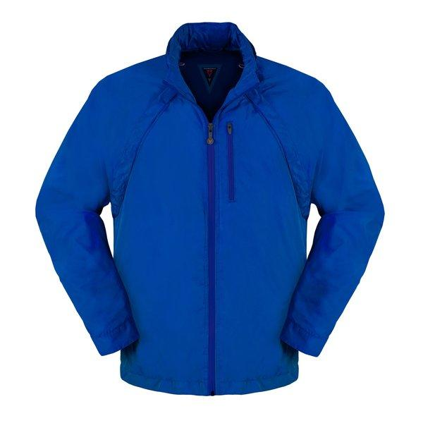 Scottevest's Tropiformer jacket has plenty of pockets, and it also has detachable sleeves.
