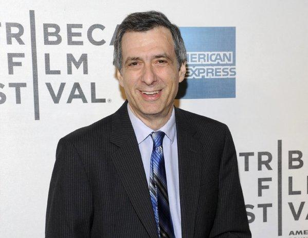 """Howard Kurtz, a media critic and host of CNN's """"Reliable Sources,"""" is taking heat for some of his reporting."""
