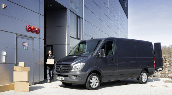Mercedes-Benz announces redesigned Sprinter van for 2014