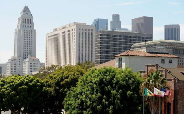 The federal courthouse in Los Angeles is the second building on the left.