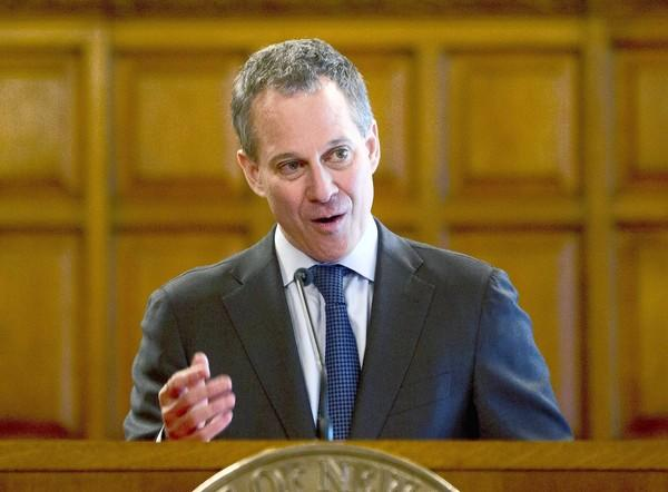 "New York Atty. Gen. Eric Schneiderman accuses Bank of America and Wells Fargo & Co. of ""flagrantly"" violating terms of the $25-billion national mortgage settlement."