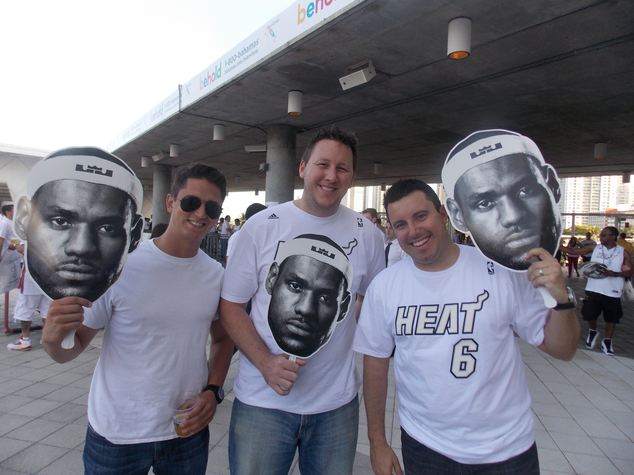 White Hot Heat fans - White Hot fans