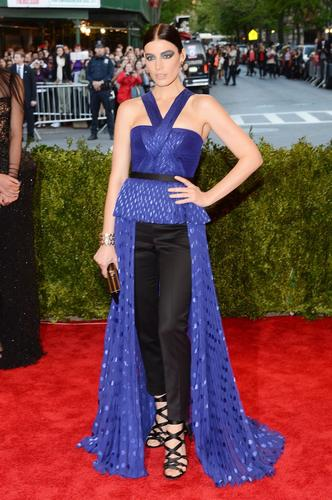 Jessica Pare in a Jason Wu top, pants, shoes and clutch. She finished the look with Delfina Delettrez jewelry.