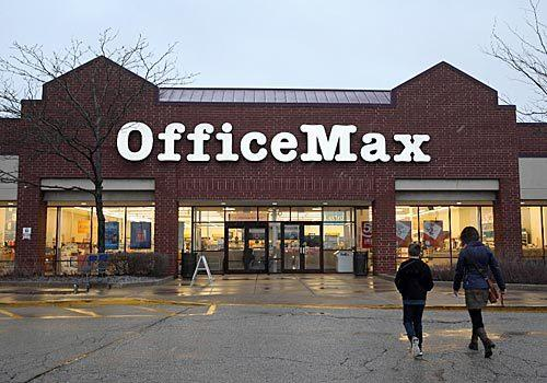 OfficeMax store in Woodridge.