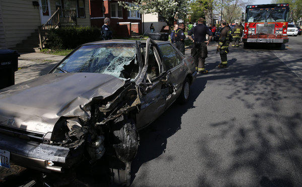 Five people were injured, including two children, in a collision involving five vehicles in the Portage Park neighborhood on the Northwest Side this morning.