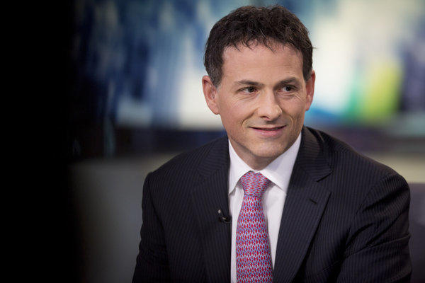 Hedge fund manager David Einhorn says he's happy with Apple's plans to buy back more of its stock and increase its dividends.