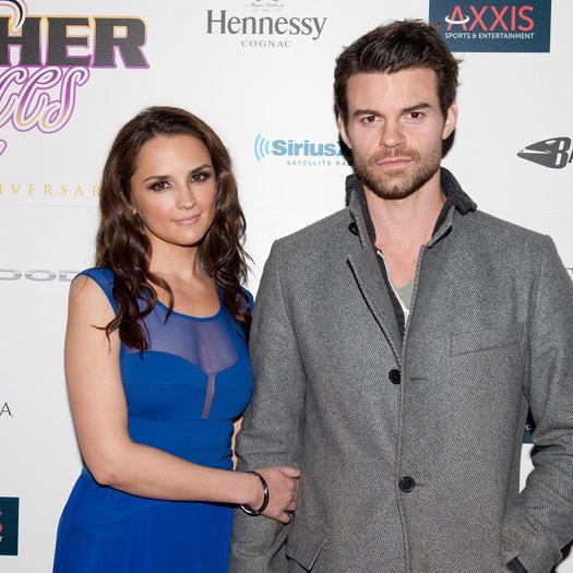 Rachael Leigh Cook pregnant