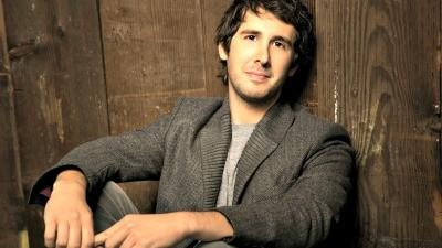 Groban, Buble and Mars: A guy's guide to crooning season