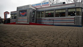 Hollywood Diner operator given time to secure funding