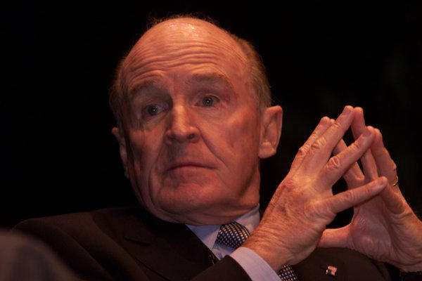 Jack Welch tweets support for Jamie Dimon