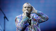 "The classy Spanish-Italian-Panamanian-Colombian pop singer Miguel Bosé never has gained much of a foothold with Anglophone audiences in North America. That's a pity, because Bosé, a Latin Grammy Award winner, has a talent for cranking out well-polished singles such as  ""Anna,"" ""Te Amaré"" and ""Sevilla,"" as well as an experimental streak that has led to collaborations with Michael Stipe and Julieta Venegas, among many others, in the course of turning out some 30 albums."