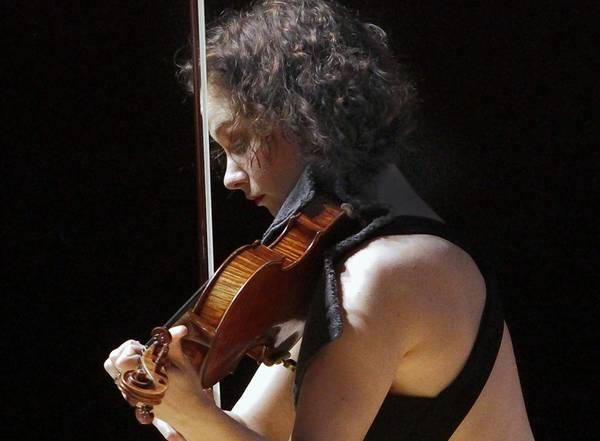 Violinist Hilary Hahn in recital at Walt Disney Concert Hall.