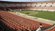The overseers of the Los Angeles Memorial Coliseum concealed from the public independent reports of lax financial controls and widespread spending abuses at the taxpayer-owned stadium that included sloppy accounting of hot dog sales and excessive perks for managers, records show.