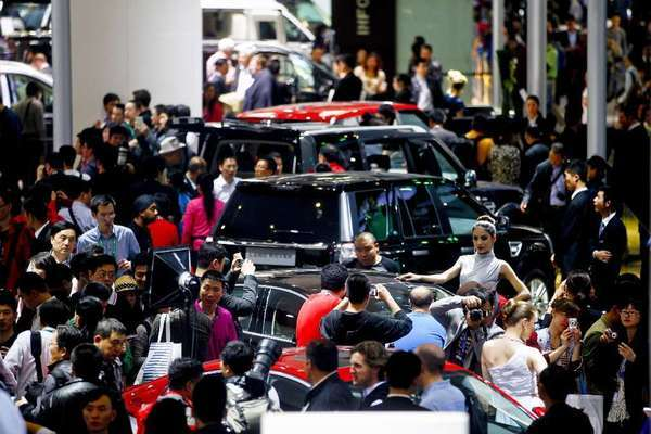China auto sales jumped 13% in April