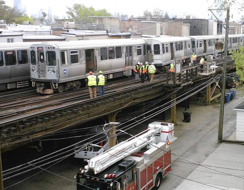 One car of a CTA Red Line train derailed this morning near Armitage Avenue, halting Red Line and Brown Line trains in both directions, officials said.