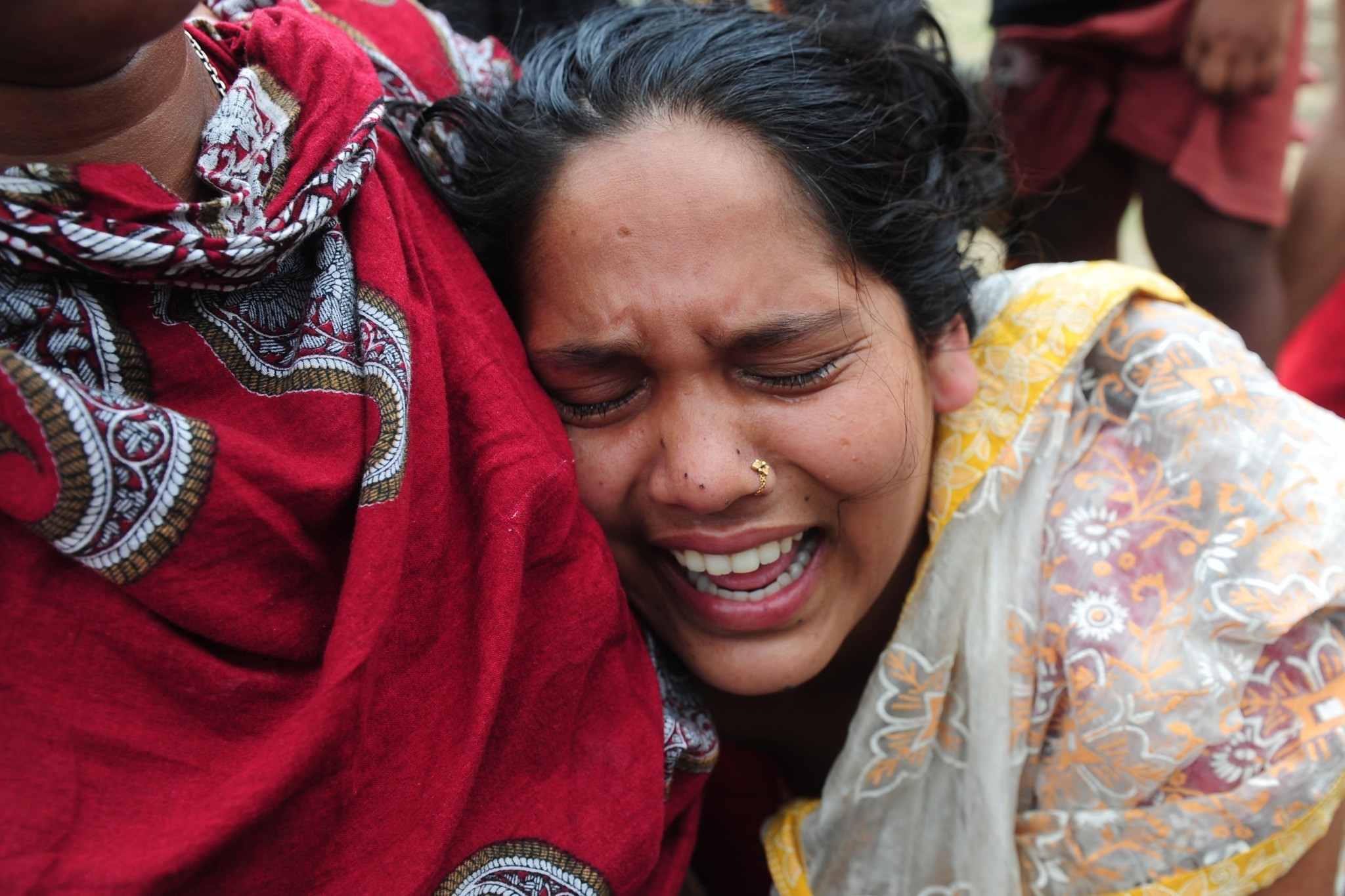 Bangladesh building collapse death toll tops 1,000 - Building collapse aftermath
