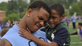 After fulfilling promise, Ray Rice continues to give back to community