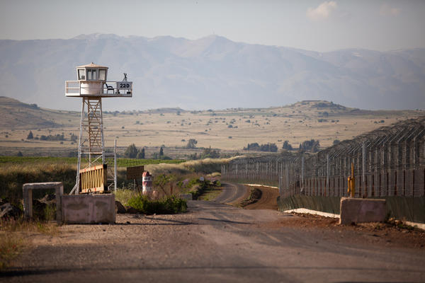Four Peacekeepers Seized On Golan Border With Syria