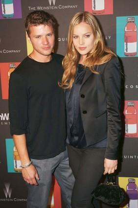 "Actors <a class=""taxInlineTagLink"" id=""PECLB003414"" title=""Ryan Phillippe"" href=""/topic/entertainment/ryan-phillippe-PECLB003414.topic"">Ryan Phillippe</a> and <a class=""taxInlineTagLink"" id=""PECLB005253"" title=""Abbie Cornish"" href=""/topic/entertainment/abbie-cornish-PECLB005253.topic"">Abbie Cornish</a> arrive at Beach 314."