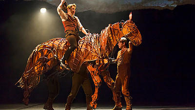 War Horse gallops its way into your soul