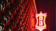 A lone paparazzo stood under a neon sign just outside the large red doors of Chi Lin on Sunset Boulevard, where the new Chinese restaurant opened Monday night. He looked around, camera ready, reminding patrons they were on the Westside.