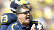Michigan AD backs Hoke on Irish 'chickening out'