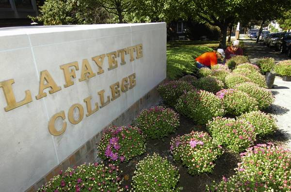 Lafayette College is switching to a sustainable food service company called Bon Appetit Management of Palo Alto, Calif.
