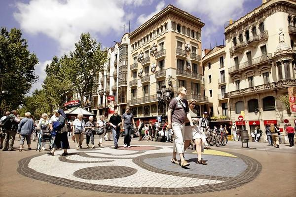 Worlds Markets, Malls Make Great Travel Adventures - tribunedigital-thec...