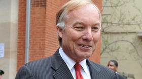 Franchot presents governor with $271 check