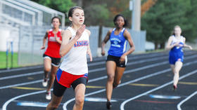 Track: King wins regional 400-meter dash, three others from Lincoln qualify for state