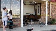 PHOTO: American Pancake House in Mishawaka hit by car