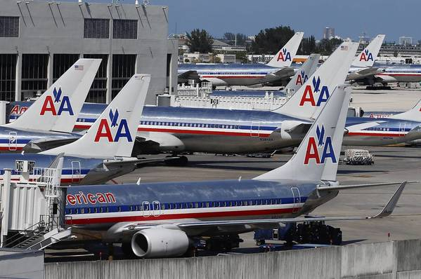 While American Airlines didn't score well in the J.D. Power & Associates survey, overall airline satisfaction rose.