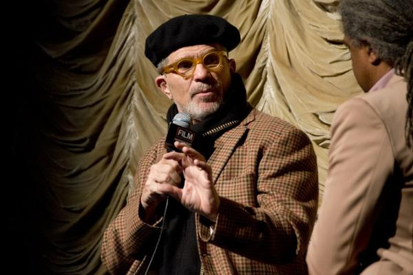 David Mamet is teaming up with actress Cate Blanchett on a new screen project dealing with the JFK assassination.