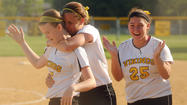 Mt. Hebron softball edges Howard, 2-1, in 3A East semifinals
