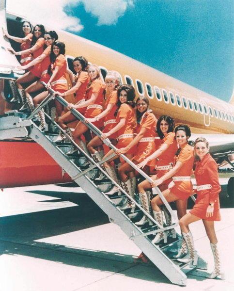 http://www.trbimg.com/img-51951985/turbine/chi-history-stewardesses-flight-attendants-201-010/600