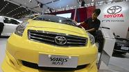 PARIS (Reuters) - Toyota Motor Corp has begun exporting French-made Yaris compact cars to customers in North America for the first time this month.