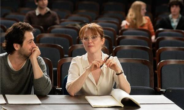 "Movie review: ""The English Teacher"" doesn't make the grade"