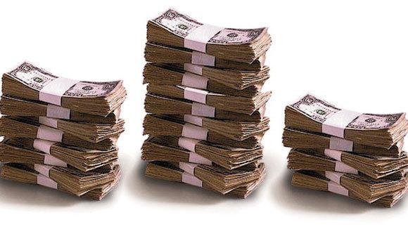 Illinois income tax revenue rose 33 percent in April.