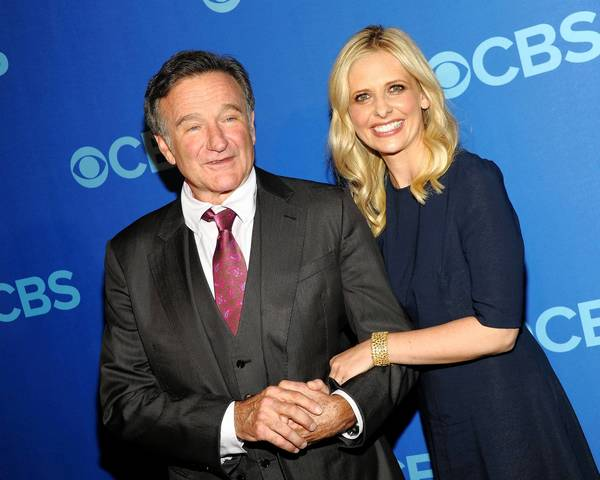 "Robin Williams and Sarah Michelle Gellar of ""The Crazy Ones"" attend CBS 2013 Upfront Presentation in New York City."