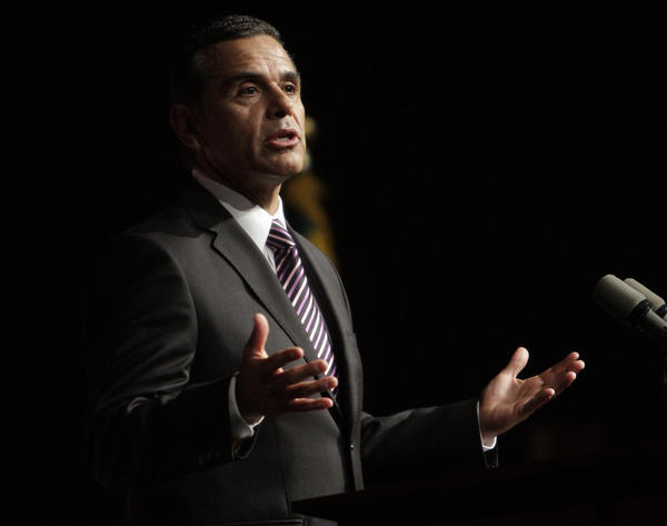 Los Angeles Mayor Antonio Villaraigosa, shown last year, has not made an endorsement in the mayoral contest.