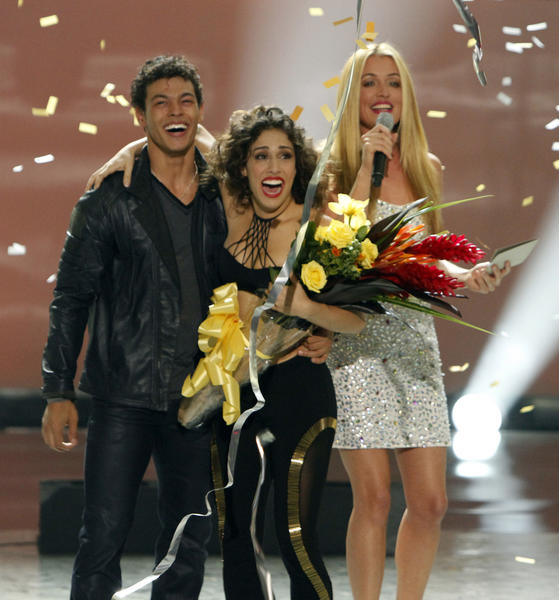 "Host Cat Deeley announces Season 9 winners Chechon Wespi-Tschopp and Eliana Girard on ""So You Think You Can Dance."""
