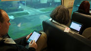 Metra board delays Wi-Fi decision