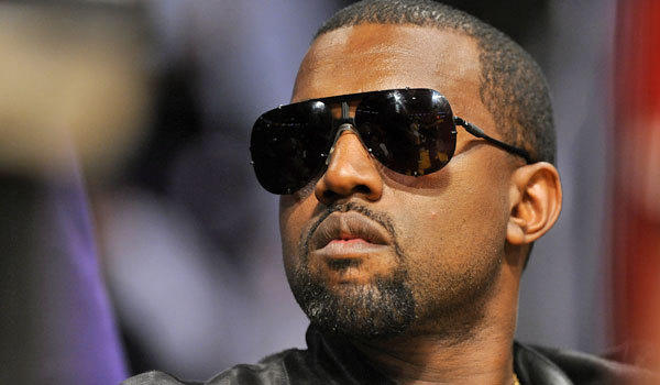 Kanye West will perform on the 'Saturday Night Live' season finale.